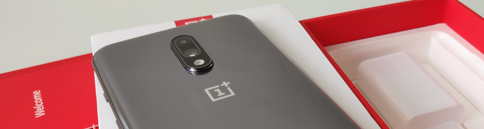 OnePlus 7 banner image